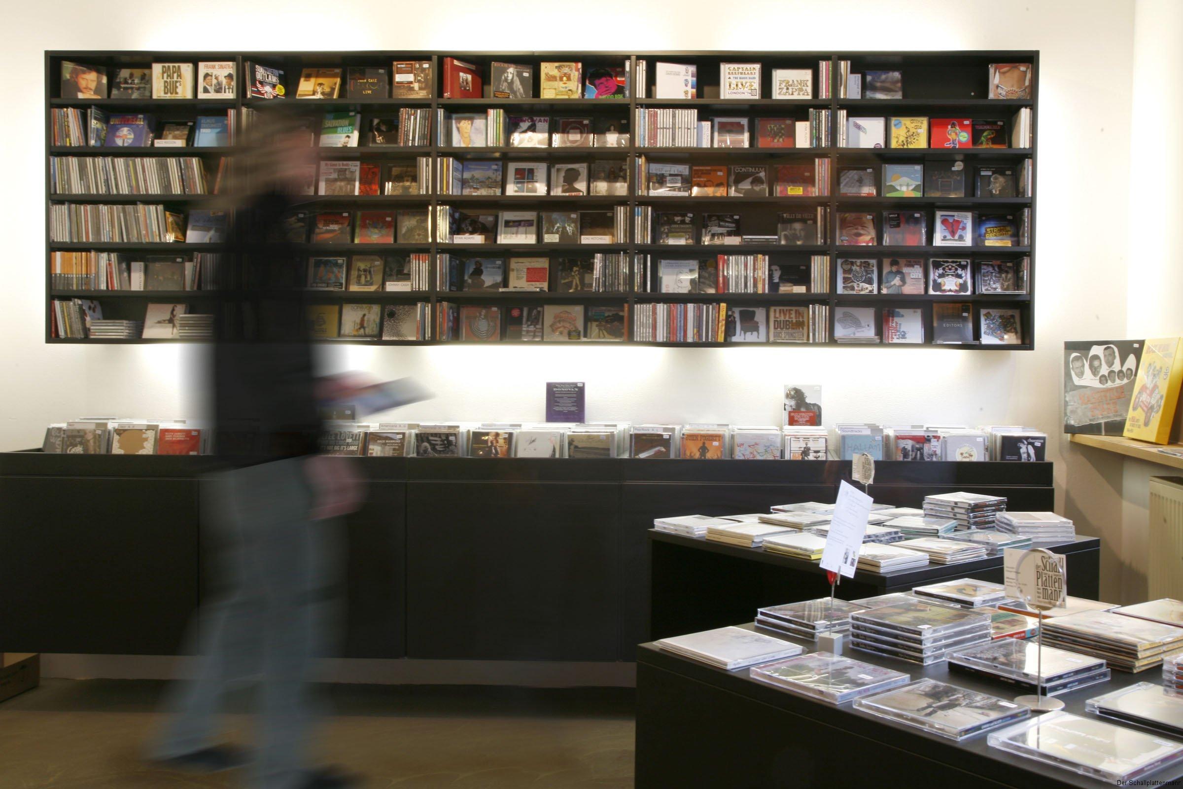 CDs in puristischem Ambiente: Die Musik steht im Vordergrund